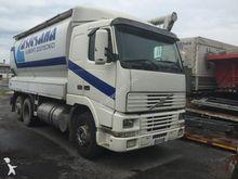1995 VOLVO FH16 flour truck