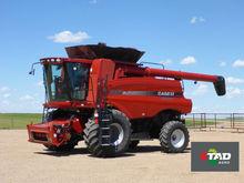 2010 CASE IH 7088 combine-harve