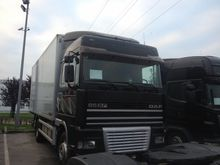 2000 DAF 95XF isothermal truck