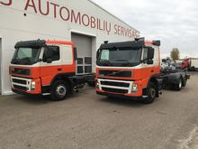2005 VOLVO FM12 chassis truck