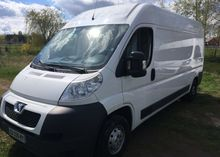 2012 PEUGEOT Boxer closed box v