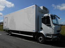 2008 RENAULT refrigerated truck