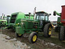 1982 JOHN DEERE 4240 wheel trac