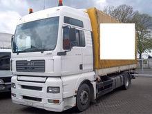 2005 MAN 18.430 tilt truck