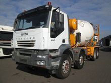 Used 2005 IVECO 440