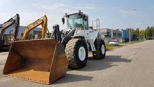 2001 VOLVO L150D wheel loader