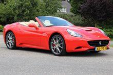 2010 Ferrari California 4.3 V8,