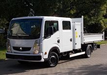 2010 RENAULT Maxity flatbed tru