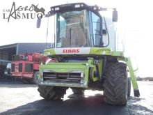 CLAAS Lexion 600 combine-harves