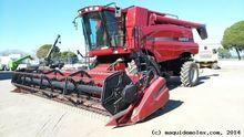 2011 CASE 6088 combine-harveste