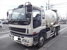 2003 ISUZU Giga concrete mixer