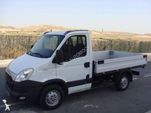 2012 IVECO Daily flatbed truck
