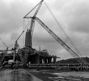 2010 LIEBHERR LG1750 port crane