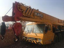 2004 KATO NK500E-V mobile crane