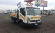 Used 2010 NISSAN Cab