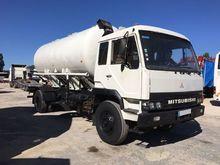1990 MITSUBISHI Fuso tank truck