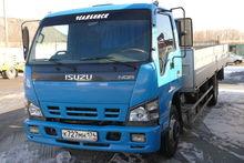 2010 ISUZU flatbed truck