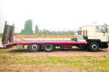 MAN 19-422 flatbed truck