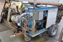 Used WATERPOMP met d
