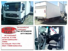 MAN TGL 8.180 closed box truck