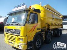2001 VOLVO FM12 flour truck