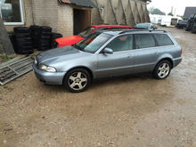 1997 AUDI A4 for parts. Darbo d