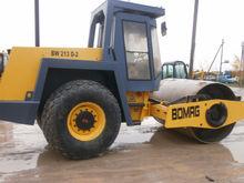 1998 BOMAG BW 213D-2 single dru