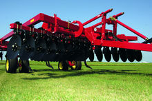 CHALLENGER 4412 cultivator
