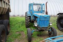 1992 VTZ T-40 wheel tractor