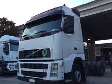 2003 VOLVO 460 chassis truck