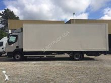 2007 VOLVO FL closed box truck