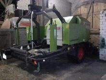 2013 CLAAS Rollant 375 RC round