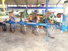 CX4100F reversible plough
