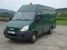 2009 IVECO Daily closed box van