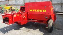 WELGER AP53 square baler