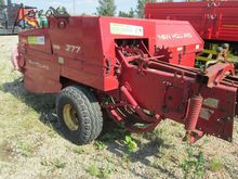 Used HOLLAND 377 squ