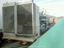 1980 SDMO 685kva generator
