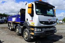 2013 RENAULT Kerax dump truck