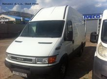 2004 IVECO 35S13V closed box va