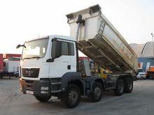 2011 MAN TGS 35.400 dump truck