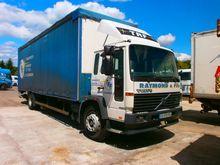 1996 VOLVO FL6 tilt truck