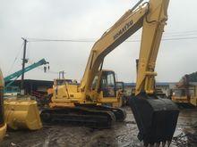 KOMATSU 200-7 tracked excavator
