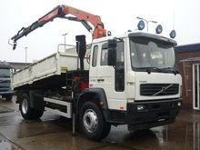 Used 2004 VOLVO Fm d