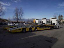 Car transporter semi-trailer
