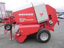 2004 WELGER RP 220 round baler