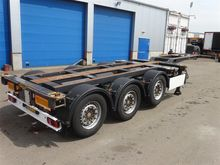 2008 BROSHUIS container chassis