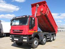 2008 IVECO AD410T45 dump truck