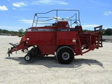 CASE IH 8575 square baler