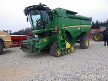 2012 JOHN DEERE S 690i combine-