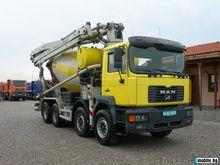 2001 MAN 41.464 concrete mixer